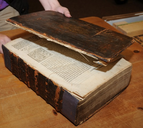 "The book is a leather-bound printed on handmade paper. It is 13""x9""x4"", sewn on 6 raised cords with a tightback spine structure. The covers seem to be original but the spine leather is not. Currently, the deteriorated state of the volume prevents us from exhibiting it."