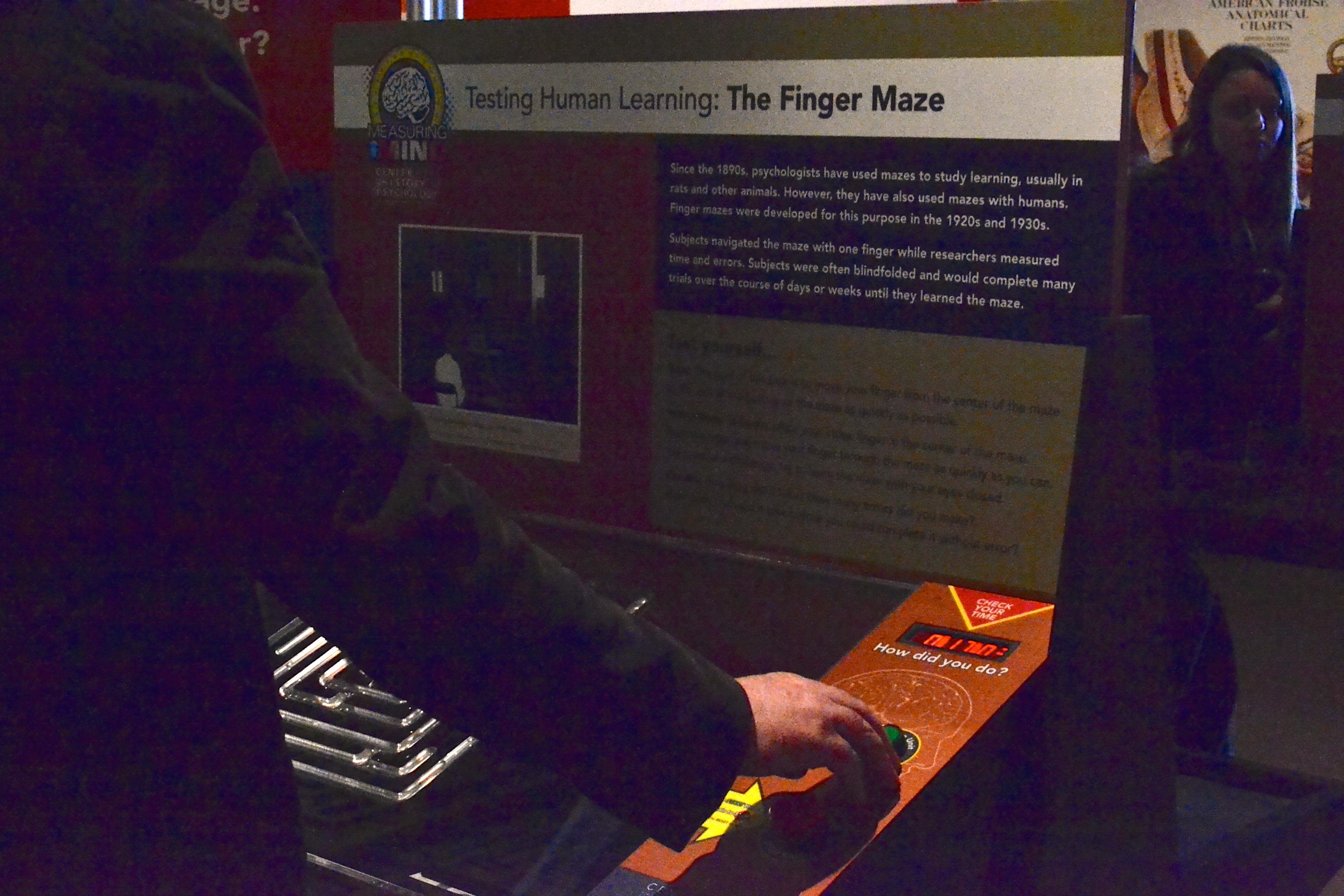 Finger Maze 2